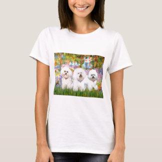 Bichon Friseのトリオ-庭(VG) Tシャツ