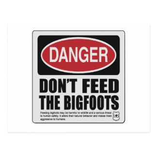 Bigfootsを食べ物を与えないで下さい ポストカード
