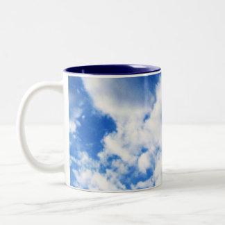 Billowy雲のマグ ツートーンマグカップ