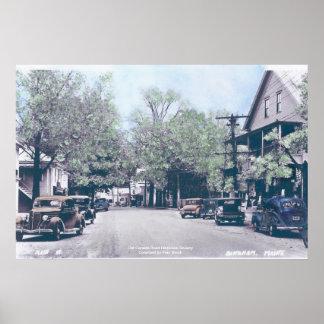 Binghamメイン-古い車が付いているメイン・ストリート ポスター
