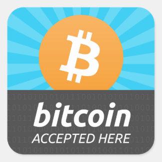 """""""Bitcoin""""はステッカーをここに受け入れました スクエアシール"""