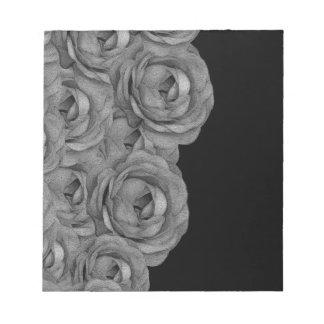 Black&Whiteのバラ ノートパッド