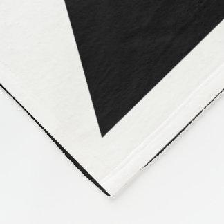 Black&Whiteの三角形パターンデザイン フリースブランケット