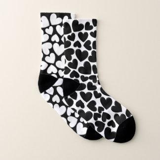 Black & White Puffy Hearts Mix Match Socks ソックス