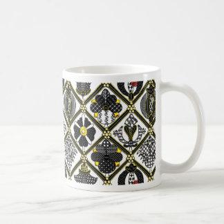 Blackworkのエリザベス朝タイル コーヒーマグカップ