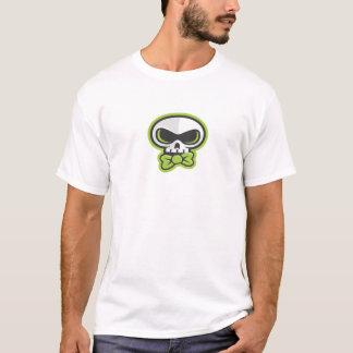 Blaine K Skullyの服装を示すこと Tシャツ