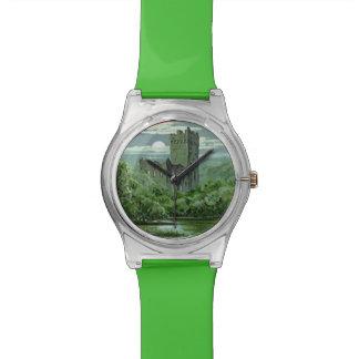 Blarneyの城のアイルランドの緑のシャムロック 腕時計