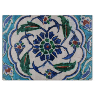 Blue and white floral Ottoman era tile design カッティングボード