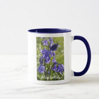 bluebellの花が付いているマグ マグカップ