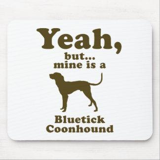 BluetickのCoonhound マウスパッド