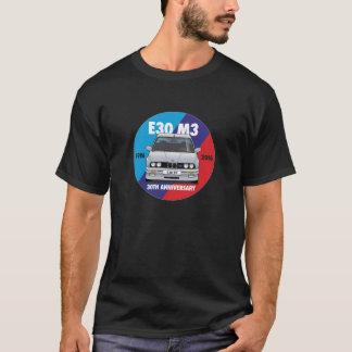 BMW E30 M3第30記念日Roundel (銀) Tシャツ