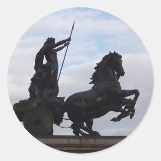Boadiceaの彫像のステッカー ラウンドシール