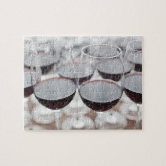 Bodega Marques de Riscalのワイナリー、ワインの試飲3 ジグソーパズル