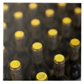 Bodega Marques de Riscalのワイナリー、ワイン・ボトル タイル