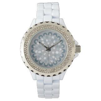 Bohoのシックなブルーグレーの曼荼羅の中立花パターン 腕時計