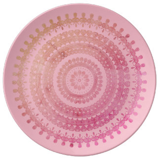 Bohoのピンクの種族の民俗自然のジプシーの円のヒッピー 磁器プレート