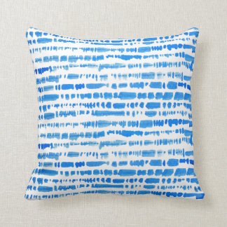Bohoの折衷的で青い絞り染めの枕 クッション