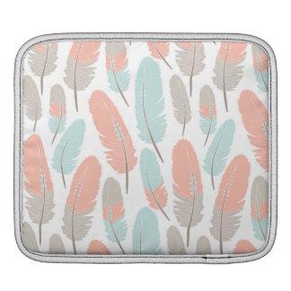 Bohoはパターン杏子の青および灰色に羽をつけます iPadスリーブ