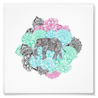 Bohoペーズリー象の手描きのパステル調の花柄 フォトプリント