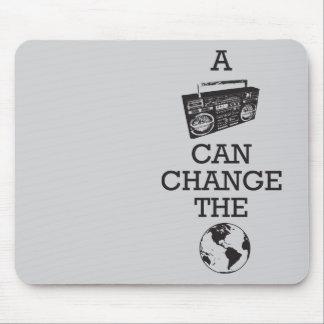 Boomboxは世界を変えることができます マウスパッド