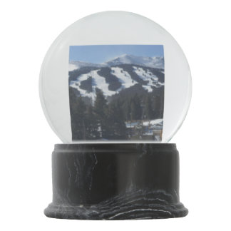 Breckenridgeのスキー区域の雪の地球 スノーグローブ