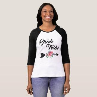 Bride Tribe Floral Arrow Tシャツ