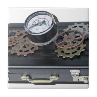 BriefcaseGaugeGears062115.png タイル