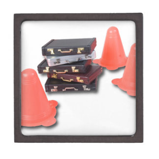 BriefcasesWithTrafficCones061315.png ギフトボックス