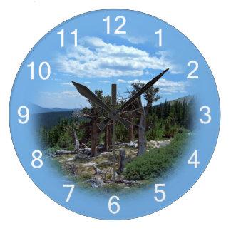 Bristleconeの松の木 ラージ壁時計