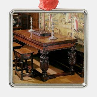 Bromleyによ弓として知られているテーブルおよび椅子 シルバーカラー正方形オーナメント
