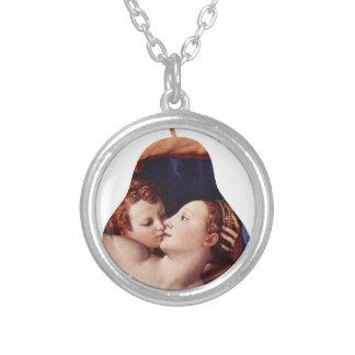 Bronzino Rのネックレスによる金星のキューピッドの愚劣そして時間 シルバープレートネックレス