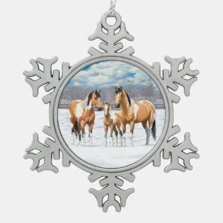 Buckskin Paint Horses In Snow スノーフレークピューターオーナメント