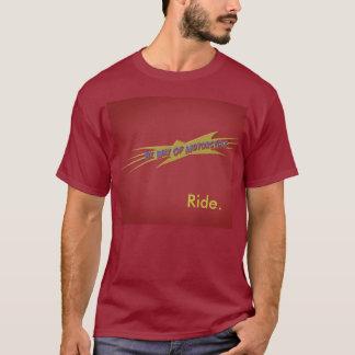 bwomの赤い乗車 tシャツ