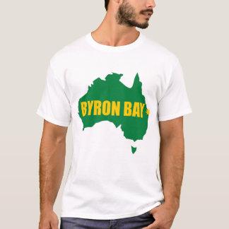 Byron湾の緑および金ゴールドの地図のTシャツ Tシャツ