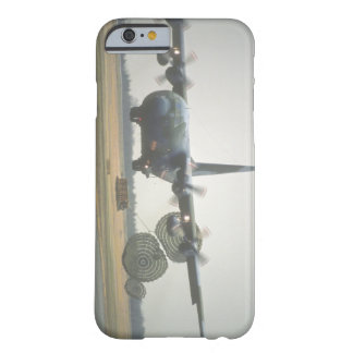 C-130ヘラクレスLAPESのcargo_Military航空機 Barely There iPhone 6 ケース