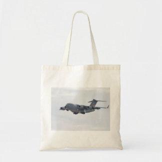 C-17 Globemasterの予算の戦闘状況表示板 トートバッグ