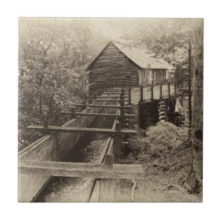 Cadesの入江の碾き割りの製造所 タイル