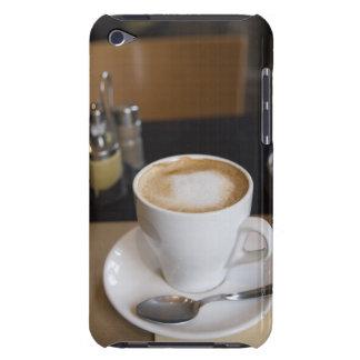 Caféのクリーム Case-Mate iPod Touch ケース