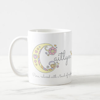 Caitlynの手紙Cの一流の意味モノグラムのマグ コーヒーマグカップ