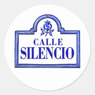 Calle Silencioのグラナダの道路標識 ラウンドシール