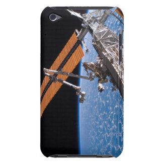 Canadarm2および太陽光線を集めるためのアンテナのパネルの翼 Case-Mate iPod Touch ケース