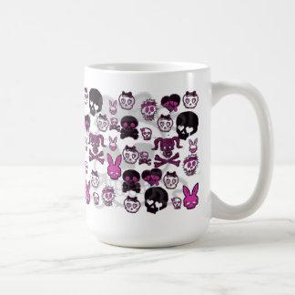 Caneca Caveirinhas コーヒーマグカップ