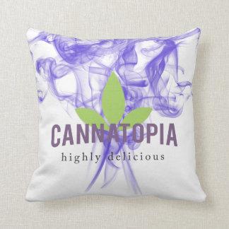 """Cannatopiaの紫色の煙の装飾用クッション16"""" x 16"""" クッション"""