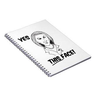 Carly FiorinaのYesこの顔 ノートブック