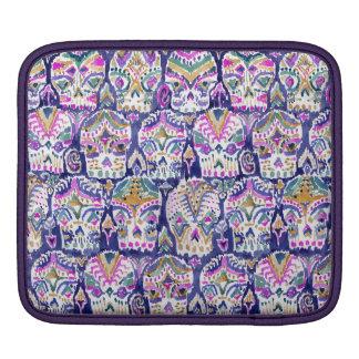 Carpe Dieamの紫色のボヘミアのイカットのスカル iPadスリーブ