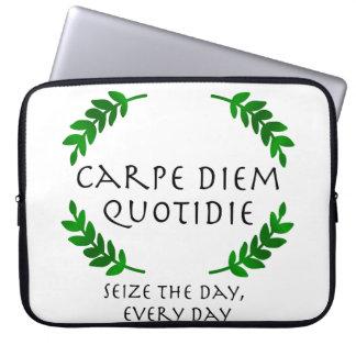 Carpe Diem Quotidie -日を、毎日握って下さい ラップトップスリーブ
