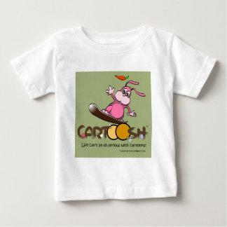 CartooshのスノーボードのgiggleBunnie ベビーTシャツ
