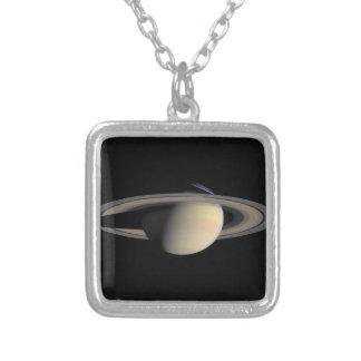 Cassini|写真|土星|10月、|2004年 ネックレス