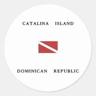 Catalinaの島のドミニカ共和国のスキューバ飛び込みの旗 ラウンドシール