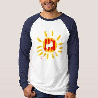Catalunyaの太陽、愛国心が強い記号 Tシャツ